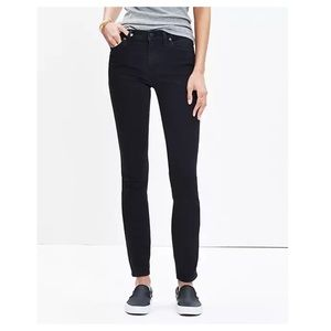"""Madewell 9"""" High Rise Skinny Black Jeans Size 28"""